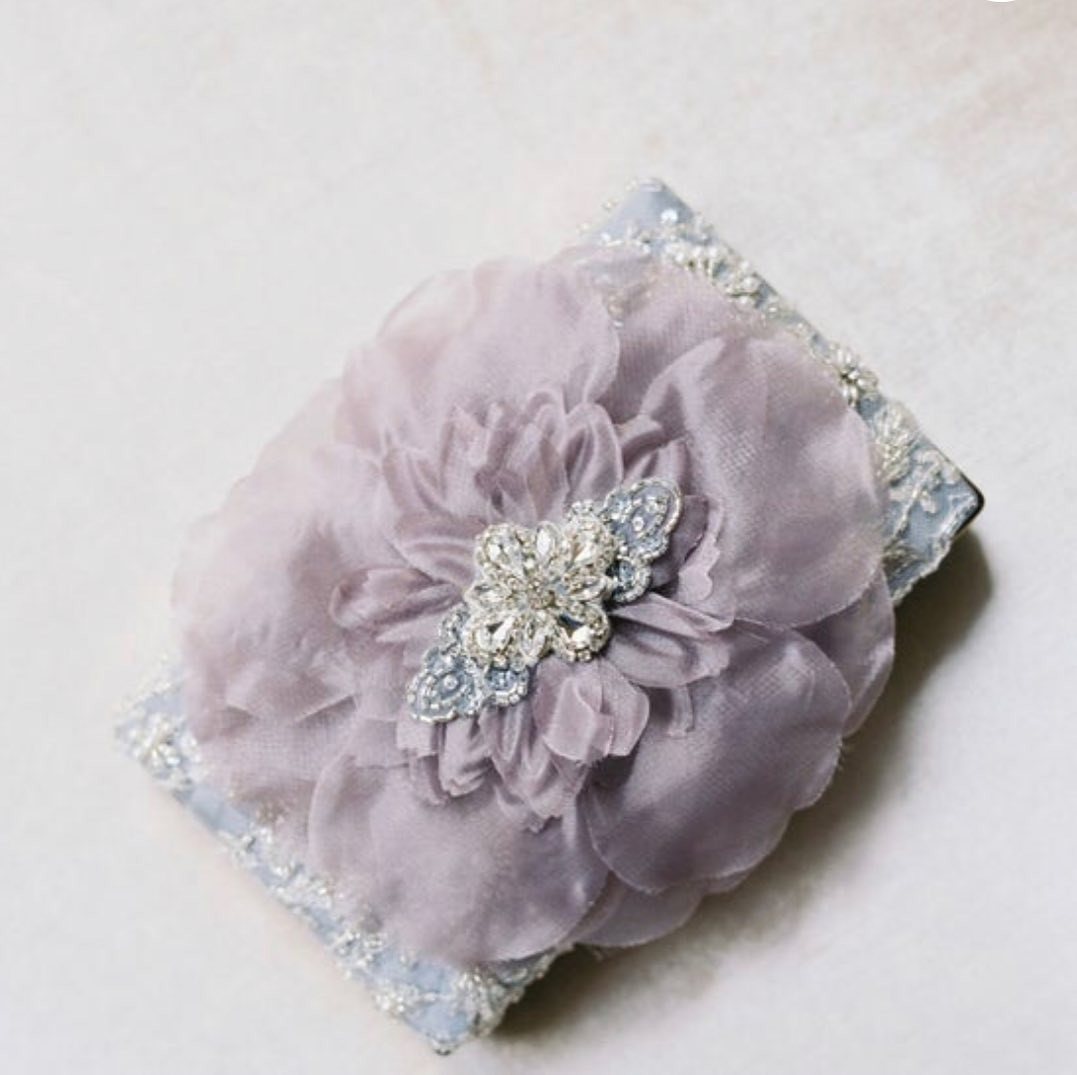 Make statement with this gorgeous one of a kind gray tulle flower evening clutch. Perfect for that mother of the bride.
