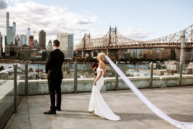 new york rooftop wedding first look
