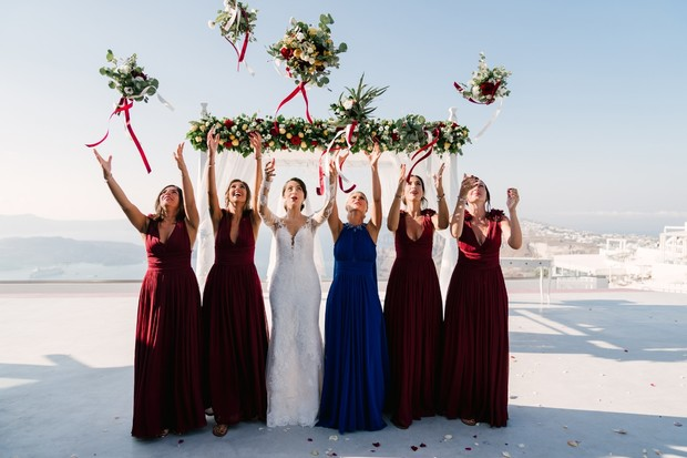 tossing the bouquets
