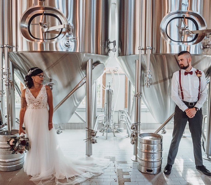 Man this brewery... this couple... this photographer 💯