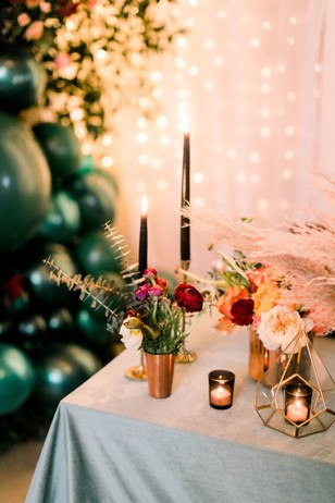modern boho chic wedding sweetheart table