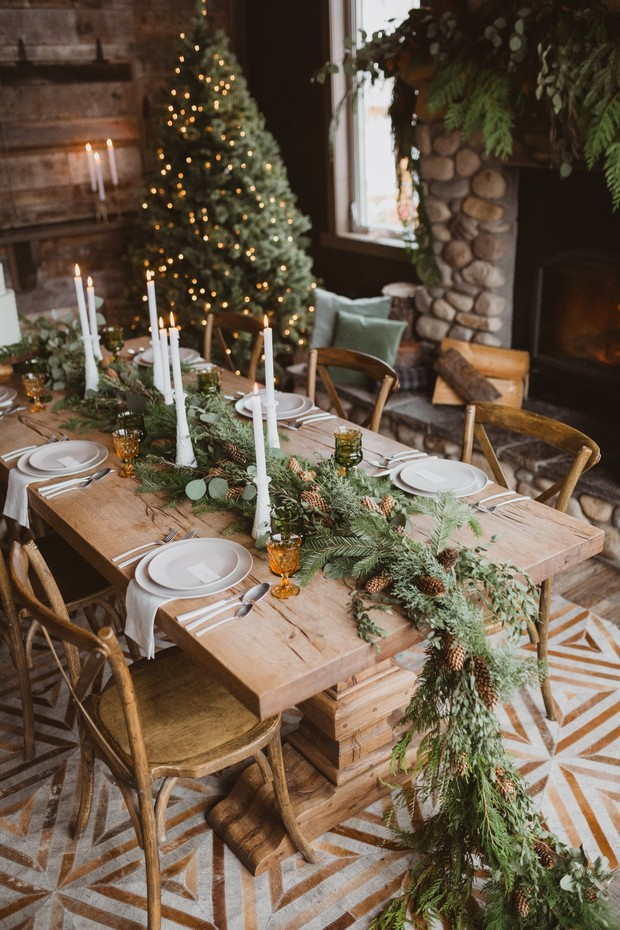 rustic modern wintertime wedding table decor in the mountains