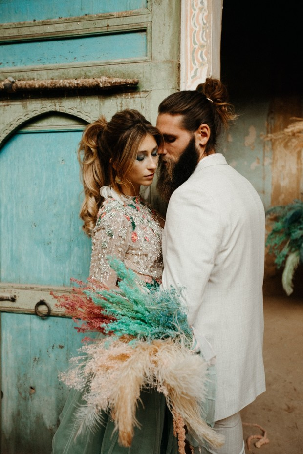 edgy wedding couple photo idea