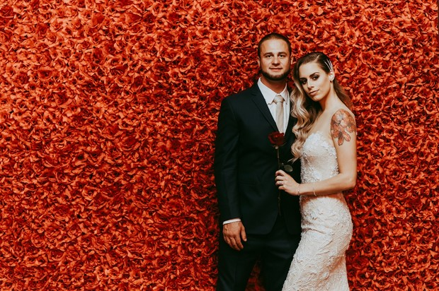 dramatic flower wall at Park MGM Nomad
