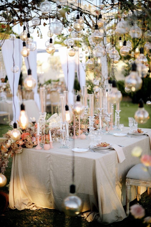blush and champagne wedding table decor
