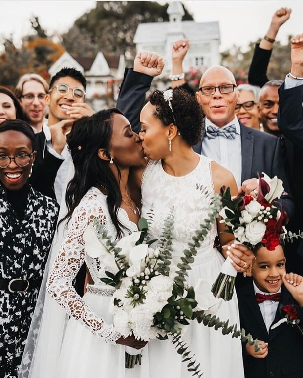 19 of the Most Epic Wedding Photos From 2019