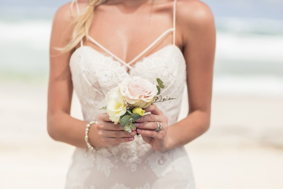 What do you think... Is this the perfect Destination Wedding dress? Vote Yes or No in the comments.