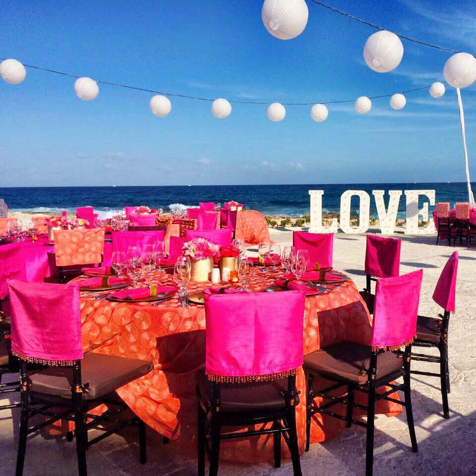 The great thing about this wedding setup was the location. Hard Rock Riviera Maya in Mexico is right on the beach. Their private