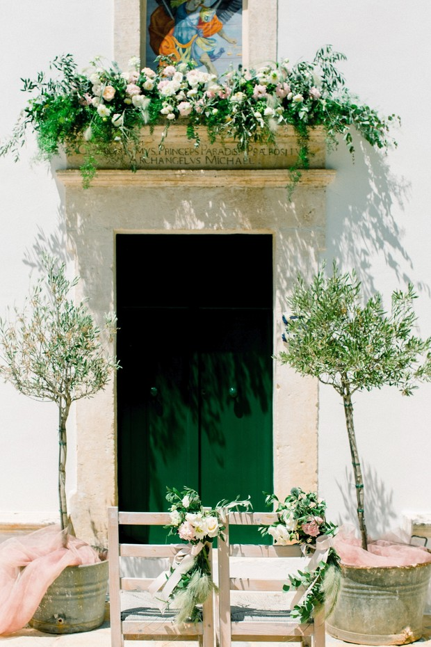 Bright White And Green Italian Farmhouse Wedding