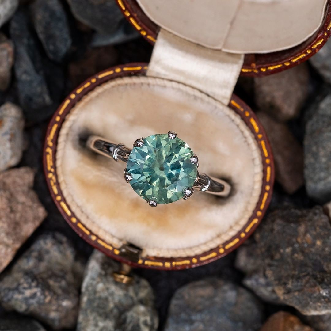 Stunning No Heat Montana Sapphire Solitaire in Crown Mounting. Sku AT60323.