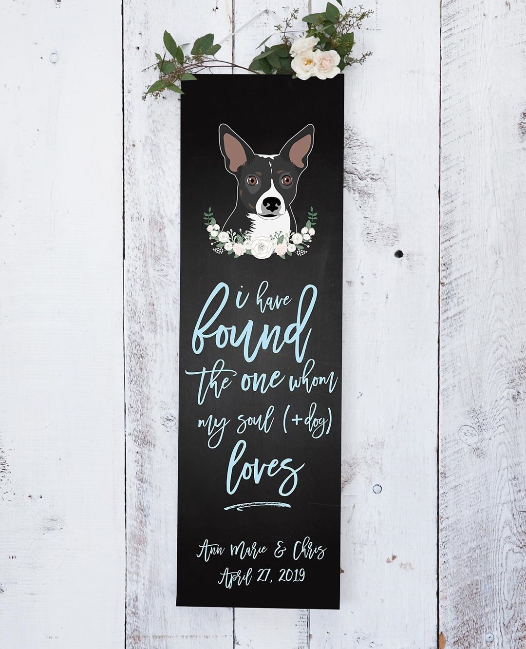 ⁠Have you seen our wedding banners? They're so versatile and fun! ❤️ It can be a great backdrop for your guests to take pictures