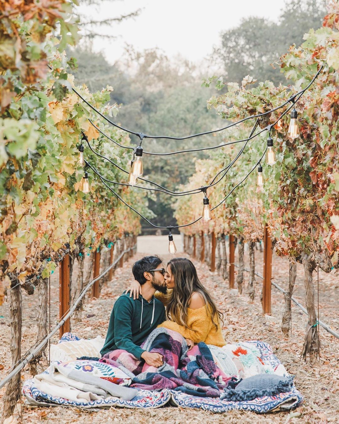✨🍂 Falling in love with Fall, and with this adorable set up by