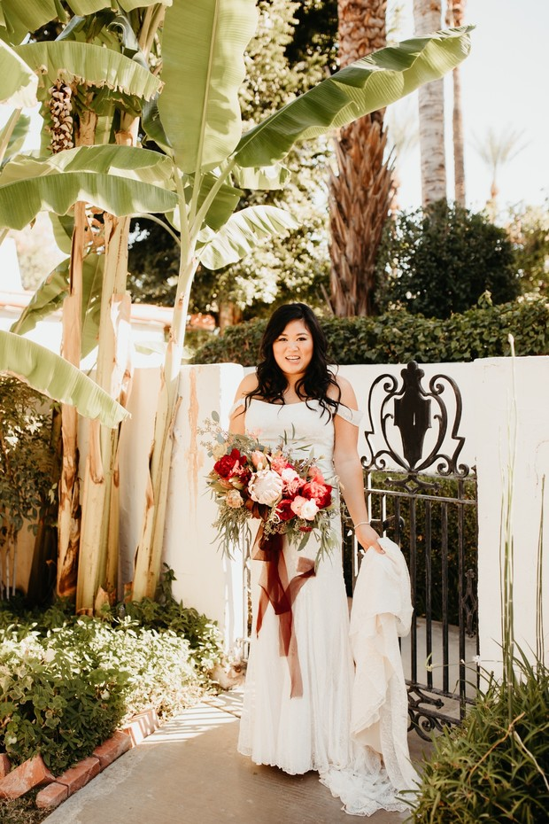 Fall bride in Palm Springs