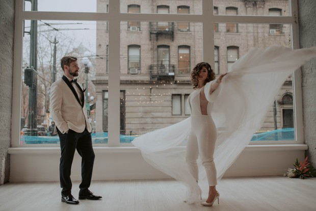 Contemporary wedding shoot in Seattle