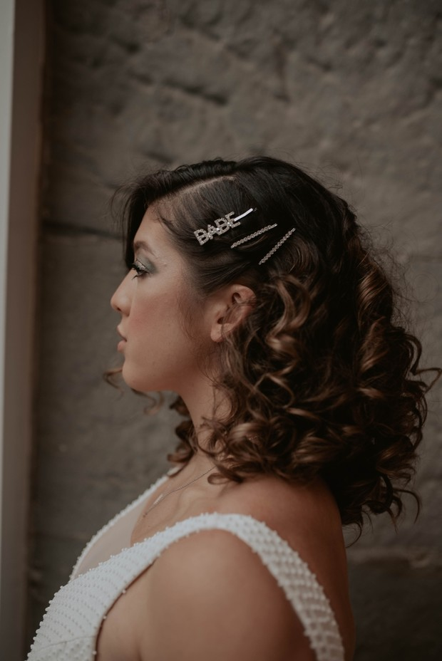 wedding hair with bobby pins