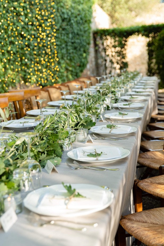 family style wedding reception in Tuscany