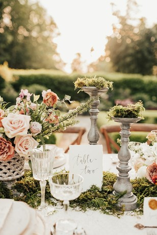 secret garden wedding table decor