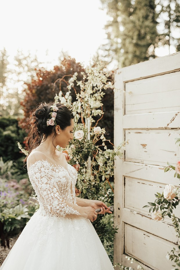 enter the secret garden wedding photos