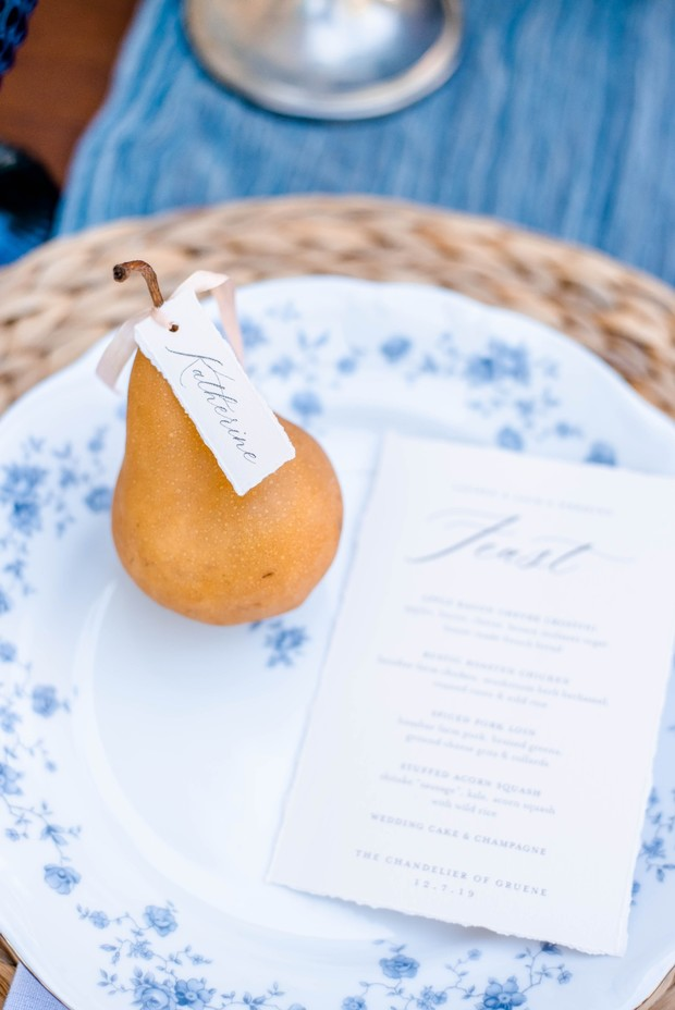 pear seating card idea for wedding