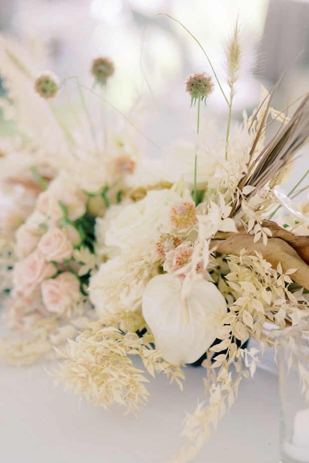 How To Have A Stunning Dried Floral Neutral Tone Wedding