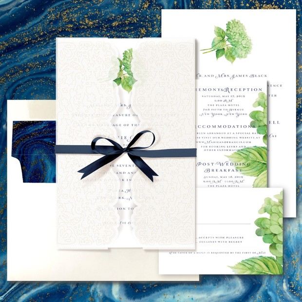 How to Custom Design Your Wedding Invites All On Your Own