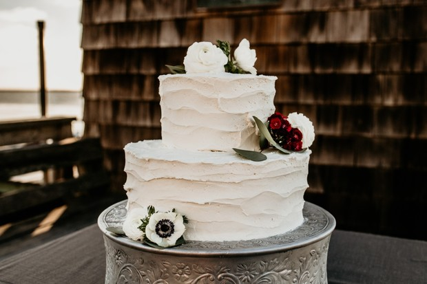 flower topped wedding cake