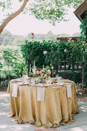 vintage gold and citrus wedding table