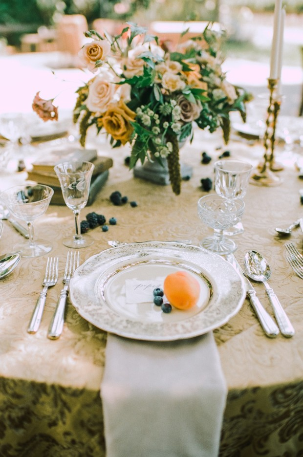 gold and vintage wedding table decor