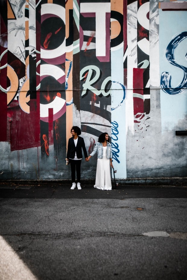 787239_graffiti-wedding-ideas-for-the-wild-at-h