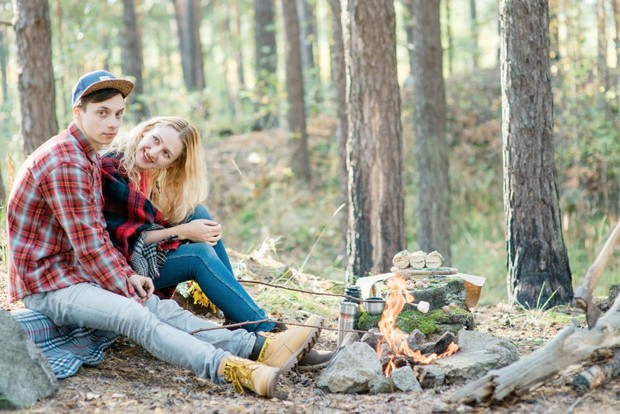 99561_rustic-camping-engagement-ideas