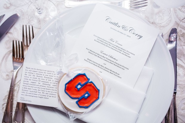 wedding place setting with cookie