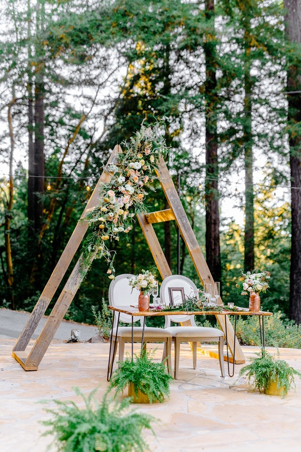 romantic and rustic modern sweetheart table