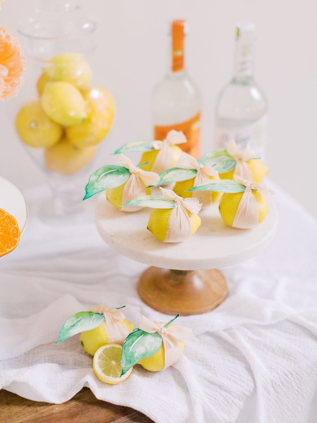 lemon escort cards