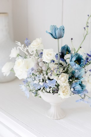 blue and white floral decor