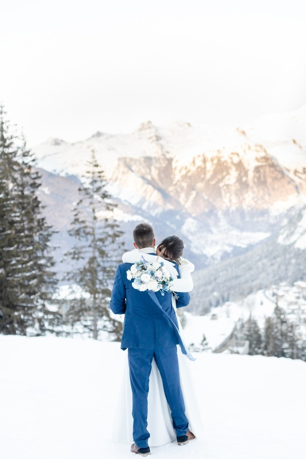 wedding in the mountains in the winter