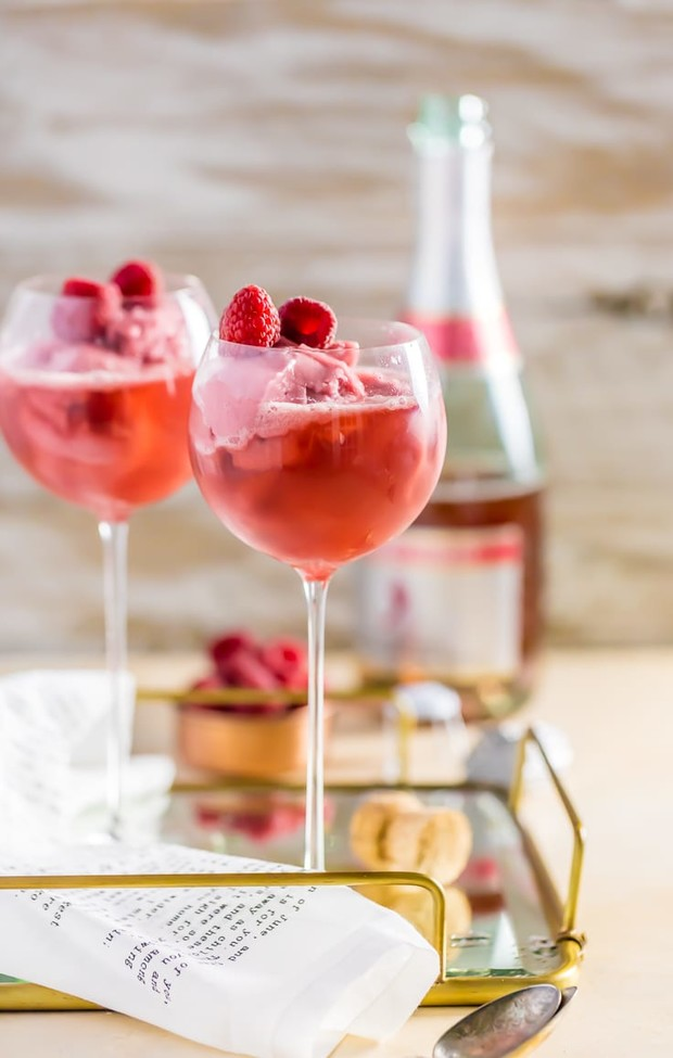 pink champagne float