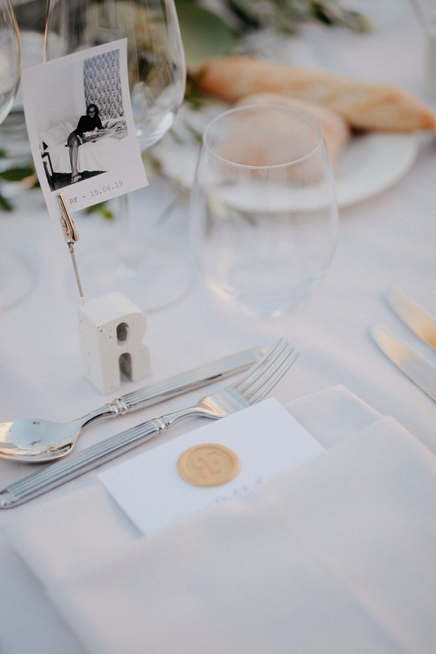 place card photo idea for wedding