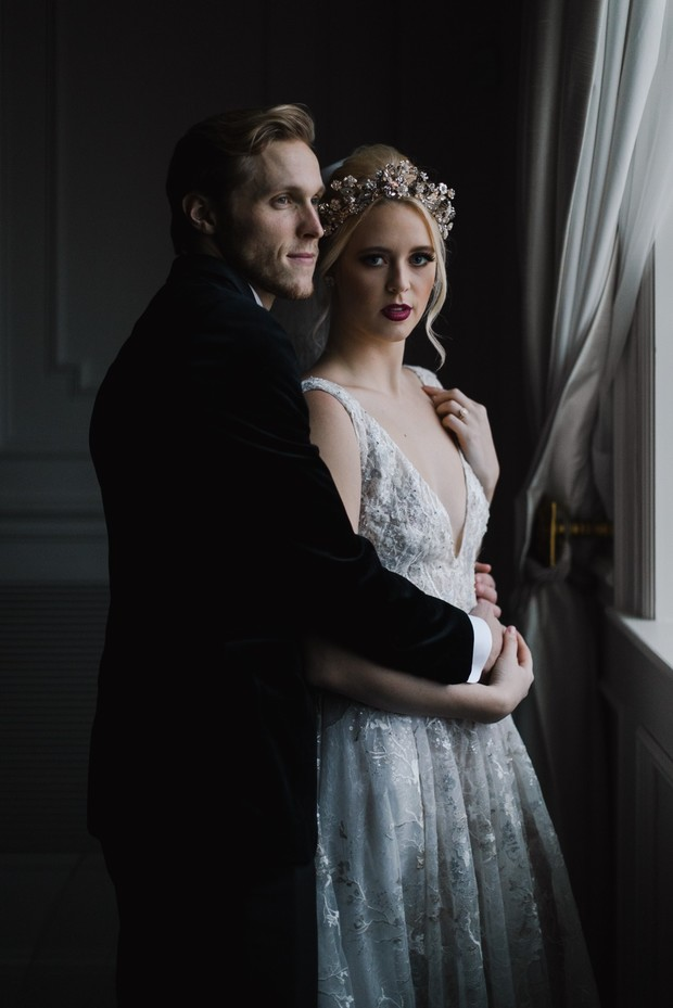 deep and moody wedding pose ideas