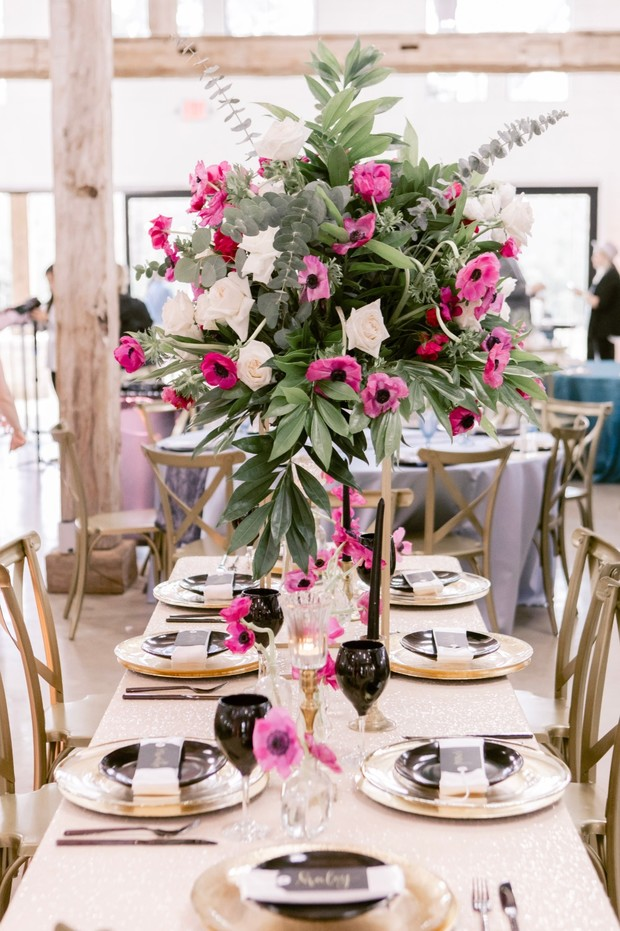 pink and black wedding reception table