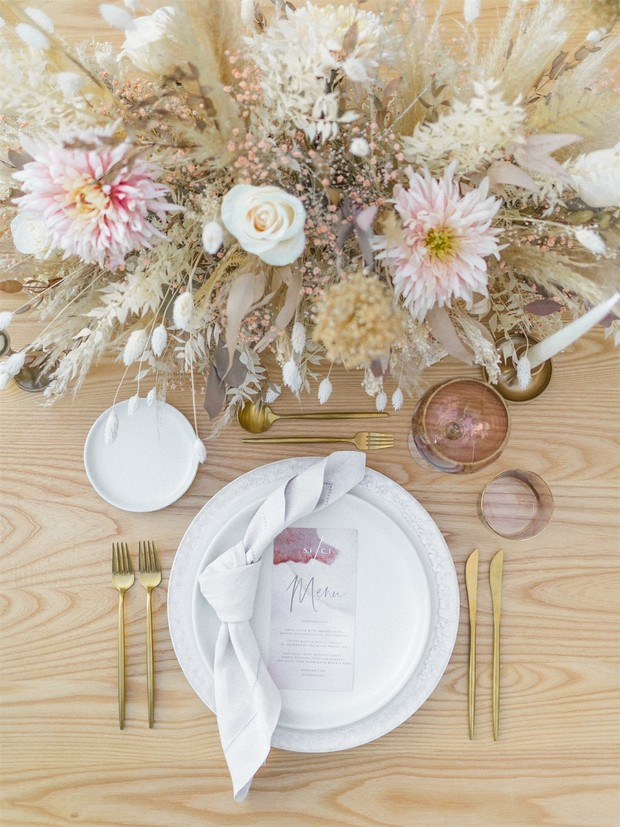 elegant and modern table setting
