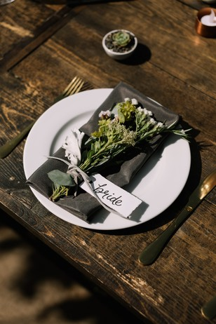 sweet wild flower place setting gift