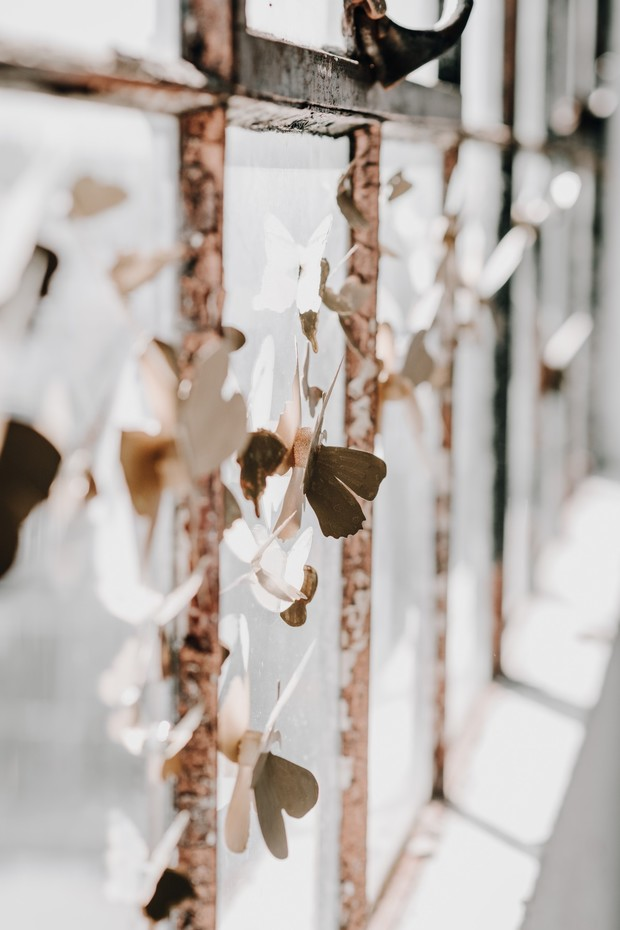 gold butterfly wedding decor