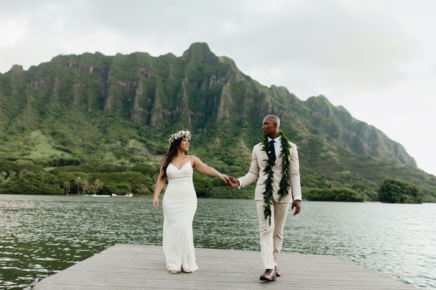 romantic Oahu elopement
