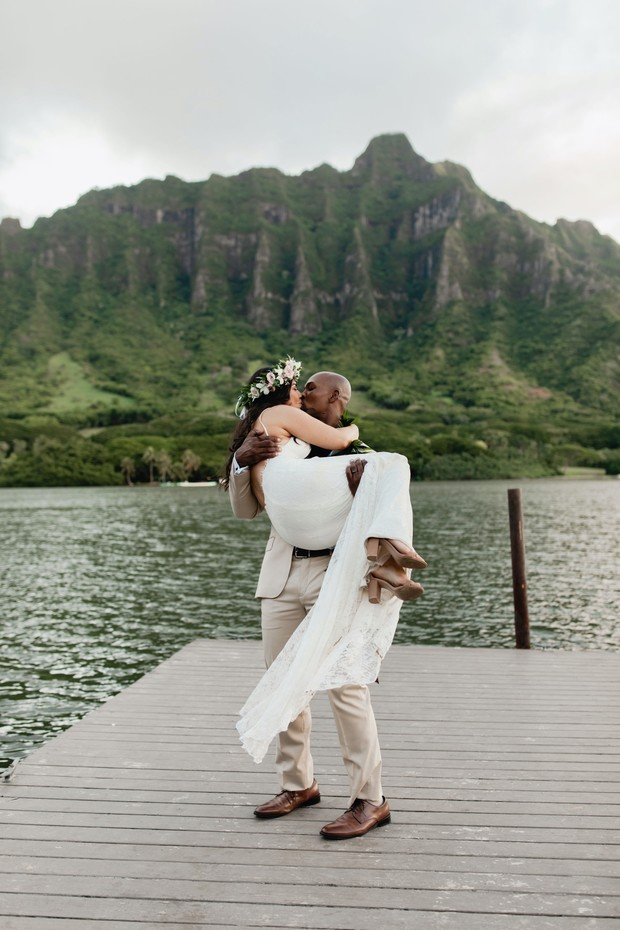 Island of Oahu elopement