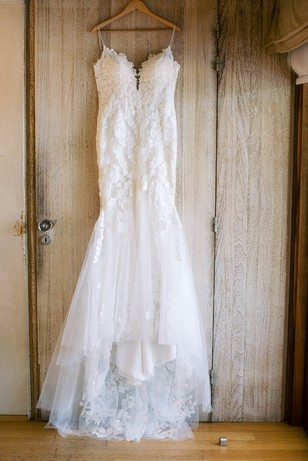 dress hanging photograph ideas