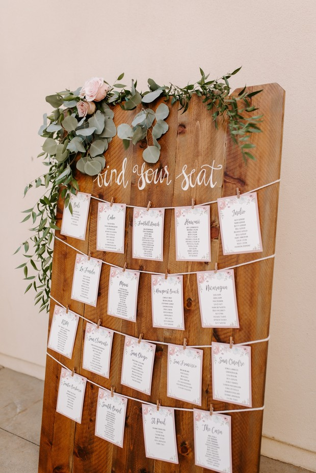 Escort card ideas for wedding