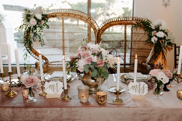 vintage romantic sweetheart table
