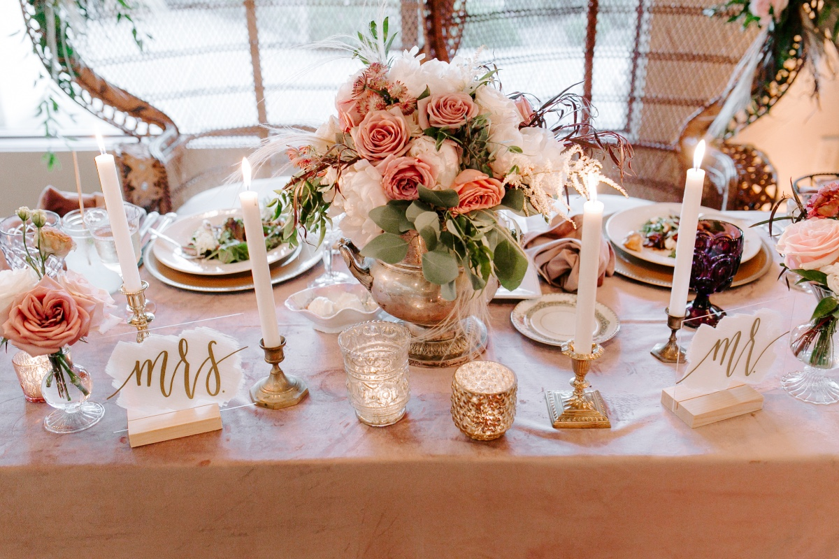 blush pink sweetheart table ideas