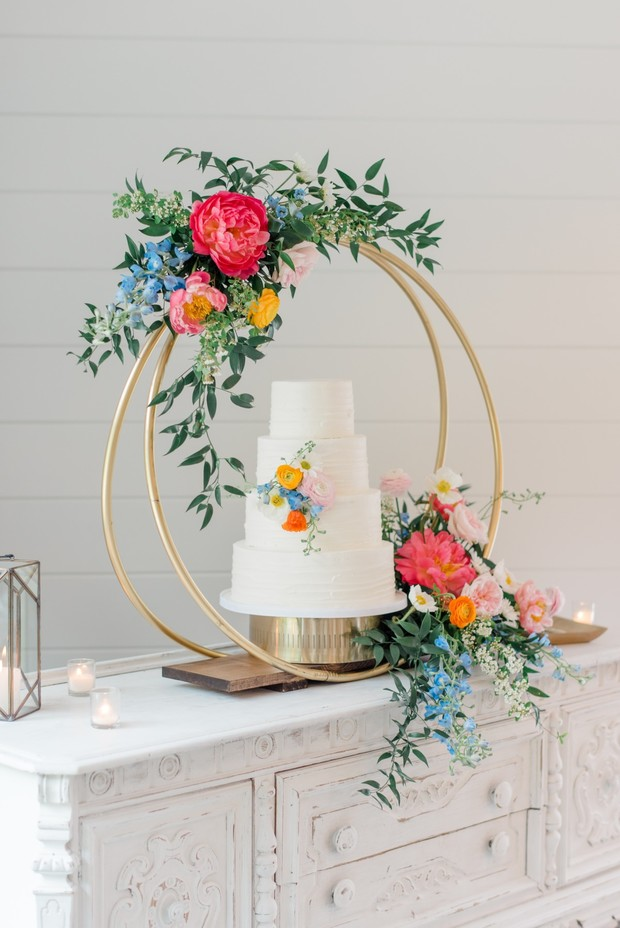 wedding cake decor ideas