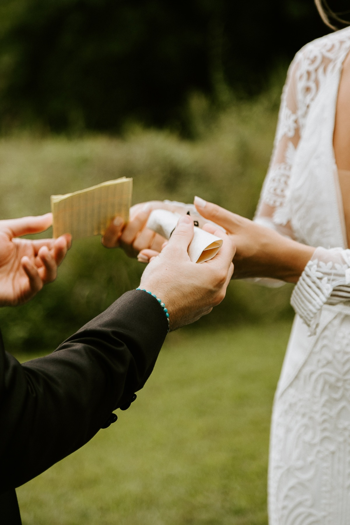 bride and groom special moment ideas